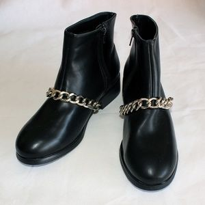 Forever 21 Woman Boots Size 7